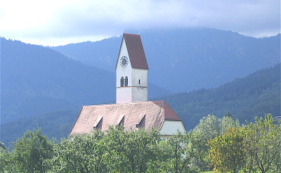 Lippertskirchen in Bad Feilnbach in the Bavarian Alps of Germany. CC:GFDL