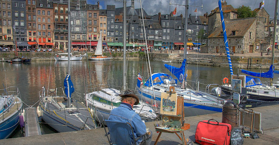 Capturing the view in Honfleur, Normandy, France. Creative Commons:Pir6mon