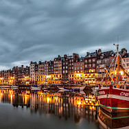 Evening view of the Harbor in Honfleur, Normandy, France. Flickr:Andres Nieto Porras