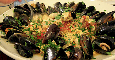 Mussels! Photo via Flickr:Matt Ryall