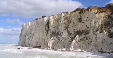 The famous chalk cliffs - photo via Wikimedia Commons: Ricardo Boimare