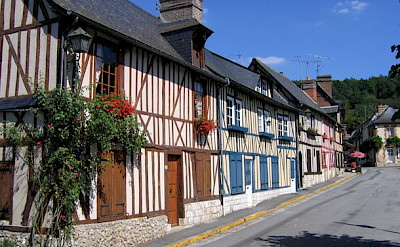 Typical Normandy Village - photo by Wikimedia Commons:Mahlum