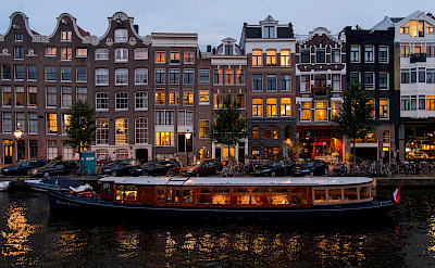 Canals and boats in Amsterdam, North Holland, the Netherlands. Flickr:briYYz
