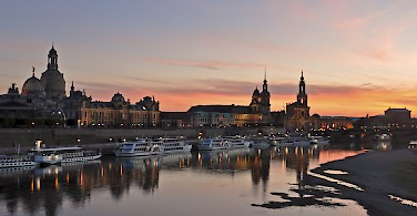 Sunset and boats in Dresden, Germany. Photo via Flickr:Harshil Shah