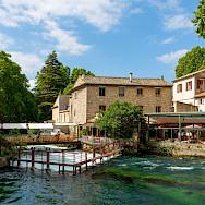 Fontaine-de-Vaucluse, France. Flickr:Allan Harris