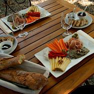 Lunch in Luberon, France. Flickr:Couleur Lavande