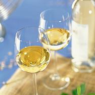 Provencal white wines to be tasted in Les-Baux-de-Provence. Flickr:vinhosdeprovence