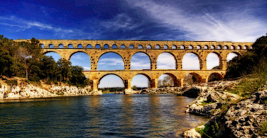 Pont du Gard, Avignon. Photo via Flickr:Wolfgang Staudt