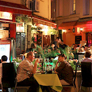 Evening dining in Aix-en-Provence, France. Flickr:Andrea Schaffer