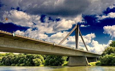 Bridge over the Danube River in Metten, district Deggendorf, Bavaria, Germany. Photo via Flickr:Bjoern Schwarz