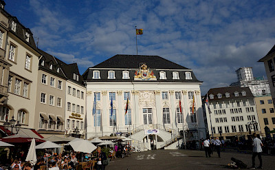 Rathaus in Bonn, Germany. Flickr:Evgeniiklebanov