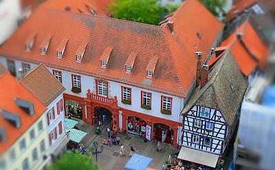 Neustadt an der Weinstrasse. Photo via Flickr:rolohauck