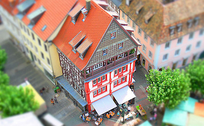 Bike to Neustadt on the Weinstrasse (wine route). Photo via Flickr:rolohauck