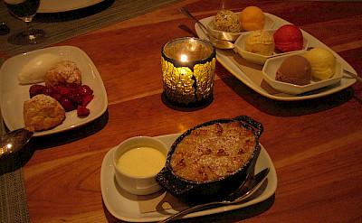 Dessert - so many options! Photo via Flickr:virtualern
