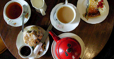 Tea time with scones in Ireland, of course! Flickr:Ania Mendrek