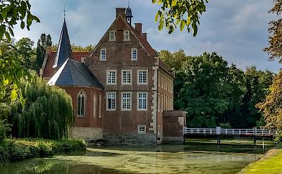 Castle Hülshoff in Münsterland, Germany. Flickr:muensterland