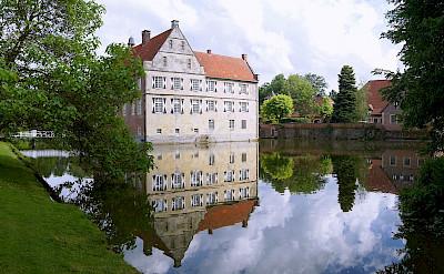 Burg Hülshoff in Münsterland, Germany. CC:Gunter Seggebaing