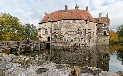 Castle Vischering in Lüdinghausen, Germany. Flickr:Tobwie