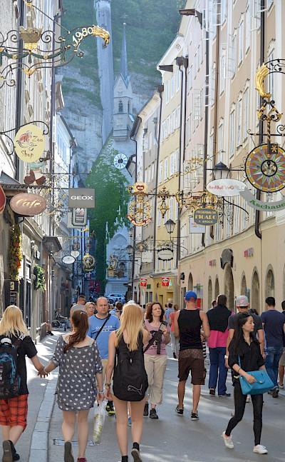 Shopping the famous <I>Getreidegasse</I> in Salzburg, Austria. Flickr:Flightlog