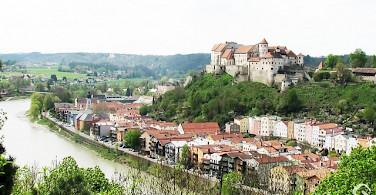 Burghausen. Photo via Flickr:gogg