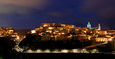 Ragusa at night, Sicily, Italy. Photo via Flickr:Phantom65