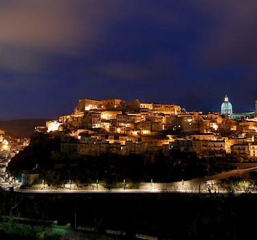 Ragusa at night. Photo via Flickr:Phantom65