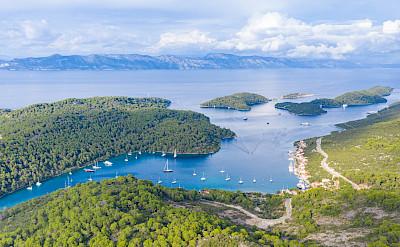 Polace Marina on Mljet island with a view to the Peljesac peninsula, Croatia. Flickr:Falco Ermert