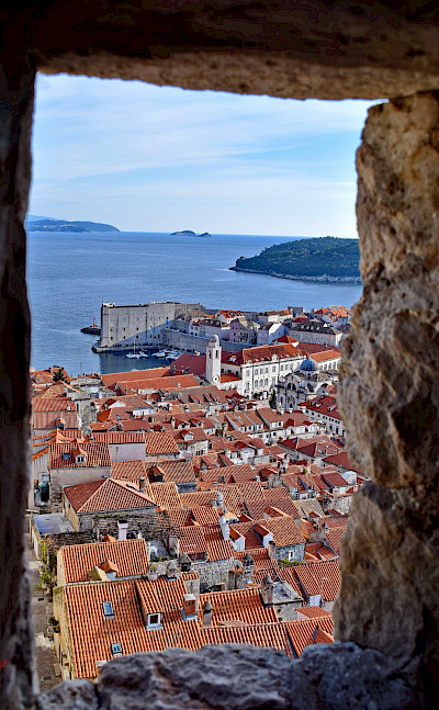 Glimpse of Old Town Dubrovnik, Croatia. Flickr:Miroslav vajdic