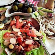 Fisherman's plate on Hvar Island, Dalmatia, Croatia. Photo via Flickr:alchen_x