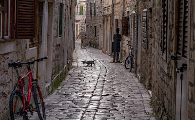 Bike rest in Stari Grad, Hvar Island, Dalmatia, Croatia. Flickr:Anja Pietsch