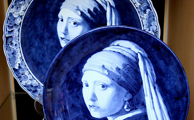 "Vermeer's ""Girl with a Pearl Earring"" in Delft Blue, Delft, Holland. Flickr:bert knottenbeld"