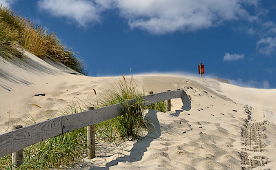 Past the dunes in Scheveningen, the Netherlands. Flickr:SanShoot