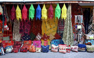 Souvenirs in Marmaris, Turkey. Flickr:Sarp Kohnar