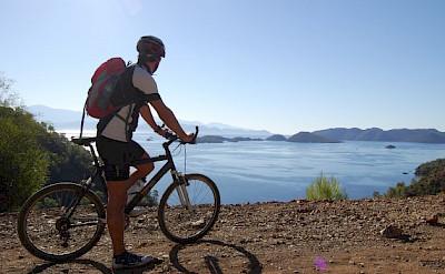 Cycling along Sarsala Bay, Turkey. Photo by Tobias Lohmann