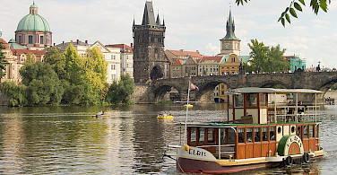 River cruise in Prague - photo via Flickr:david.nikonvscanon