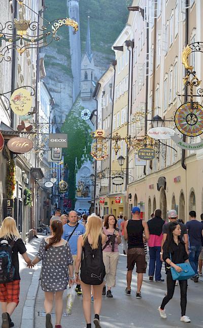Famous Getreidegasse shopping street in Salzburg, Austria. Flickr:Flightlog