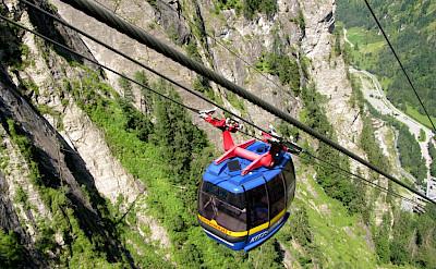 Cable car in Kaprun, Austria. Flickr:Leo-setä