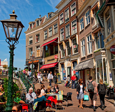 Sightseeing in Leiden, South Holland, the Netherlands. Photo via Flickr:Tambako the Jaguar