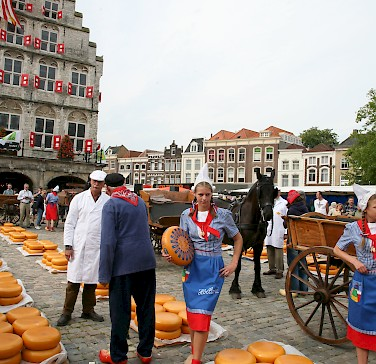 Cheese Market in Gouda, South Holland province, the Netherlands. Photo via Flickr:bert knottenbeld