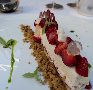 Semifreddo Italian style. Photo via Flickr:Ernesto Andrade