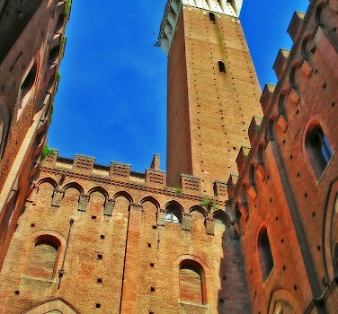 Siena - photo via Flickr:Usce