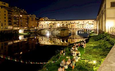 Florence and the famous Ponte Vecchio bridge. Photo via Flickr:ビッグアップジャパン