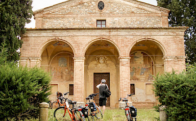 Old wonders to visit on the Tuscany - Pisa & Florence Bike Tour. ©Photo via TO