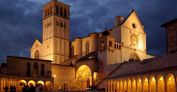 Baslica di San Francesco in Assisi - photo via Creative Commons: Berthold Werner