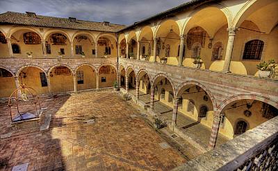 Assisi courtyard. Photo via Flickr:Niels J Buus Madsen