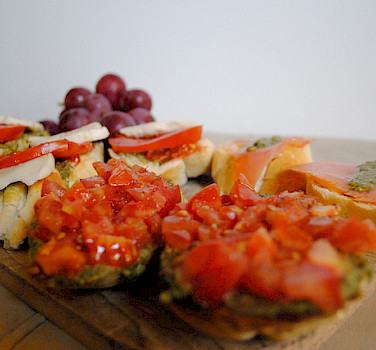 Bruschetta! Photo via Flickr:iamboskro