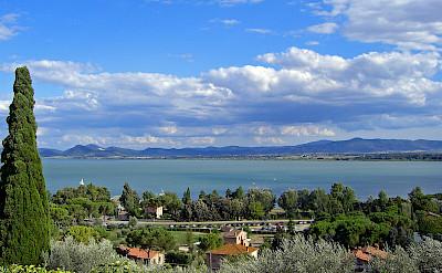 Lake Trasimeno in Umbria, Italy. CC:Daniel Case