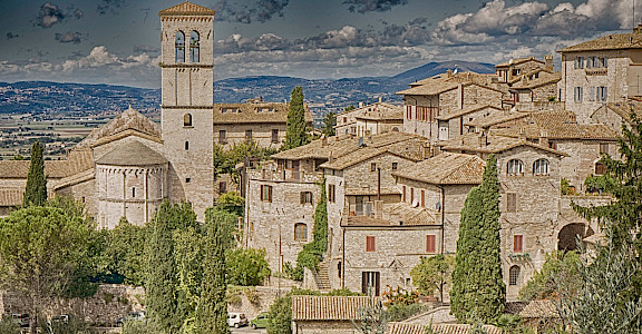 View of Assisi in Umbria, Italy. Flickr:Elisa Dc