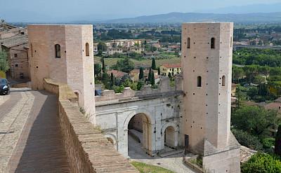View of Spello in Umbria, Italy. Flickr:Carole Raddato