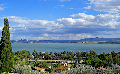 Lake Trasimeno in Umbria, Italy. CC:Daniel Case